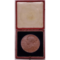 Great Britain Bronze Medallion 1897 Queen Victoria Diamond Jubilee 56mm in Presentation Case of Issue